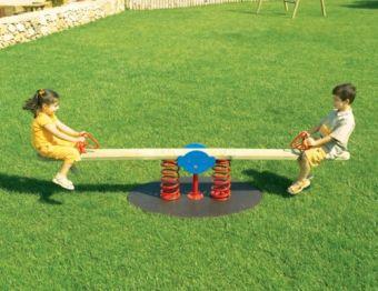Dondolo Tobia su molle a due posti ideale per parchi pubblici