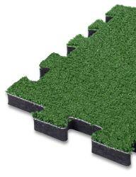 Pavimento antitrauma a puzzle 25mm ( hic 1,69 mt) in erba sintetica e sottofondo in gomma