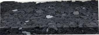 Sottofondo elastico in agglomerato di gomma espansa per campi tradizionali in erba sintetica