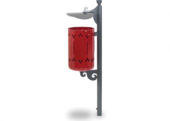 Cestino Pigalle con tettuccio e paletto di sostegno. Colore Rosso, versione da fissare alla pavimentazione.