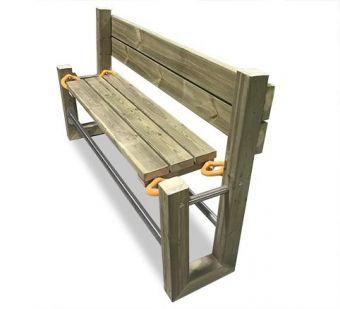 Panca Swing, completa di schienale e con molle di torsione in gomma. Legno trattato per resistere all'esterno.
