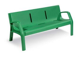 Panca Daytona colore Verde, realizzata interamente in Polyetilene di alta qualità.