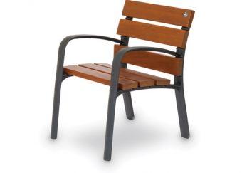 Panca Alicia Wood 60, panca versione corta. Con comodo schiena e seduta, in pregiato Legno Tropicale.