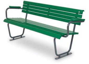 Panca Green Lady, seduta alta e comoda. In legno e supporti metallici.