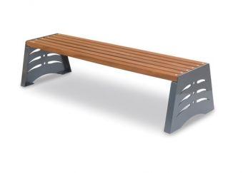 Panca Shark (Seconda Versione), senza schienale con seduta in legno e decori laterali.