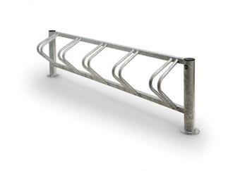 Portabici Onda, con supporti laterali in tubolare tondo e copritubo in PE.
