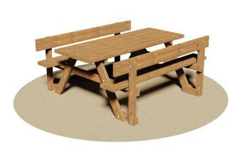 Tavolo Week-end, in monoblocco di legno con comode spalliere incorporate.