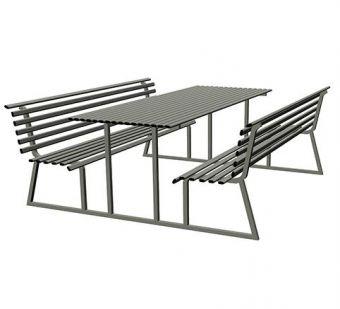 Tavolo Pic-Nic Classico, in tubolare di acciaio zincato con sostegno in monoblocco laterale.