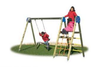 Palestrina Seven con modulo arrampicata e altalena ideale per parchi pubblici