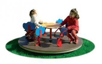 Giostra con sedili 6 posti e pianale in legno ideale per parchi e giardini pubblici